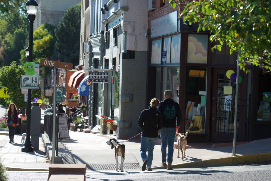Colorado Springs Pet Friendly Travel