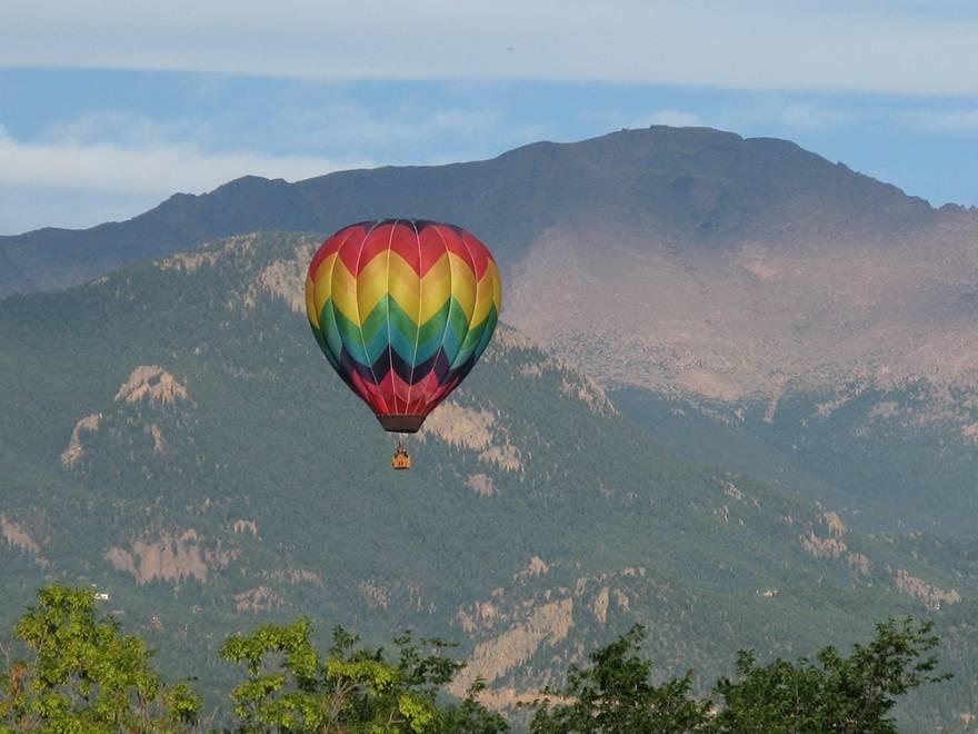 balloon ride colorado springs